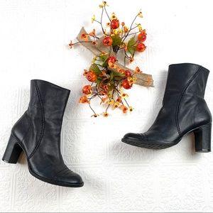 Gianni Bini Black Leather Manny Boot SZ 7